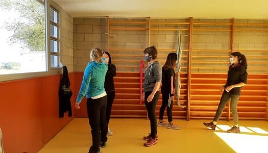 El Pavelló Poliesportiu acull un taller d'autodefensa