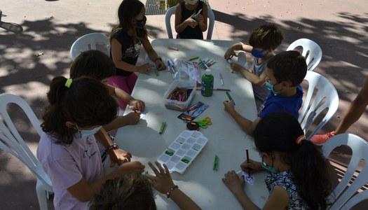 Els nens i nenes del Casal d'Estiu participen al Sant Jordi d'Estiu